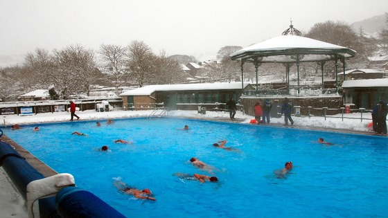 Hathersage_pool_cold